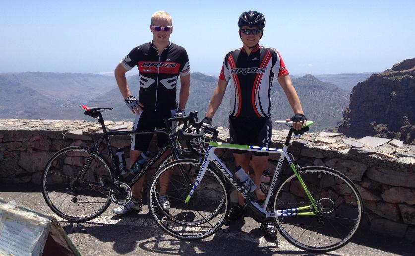 Stian  og  Vegard  på  Pico  de  las  Nieves  2013