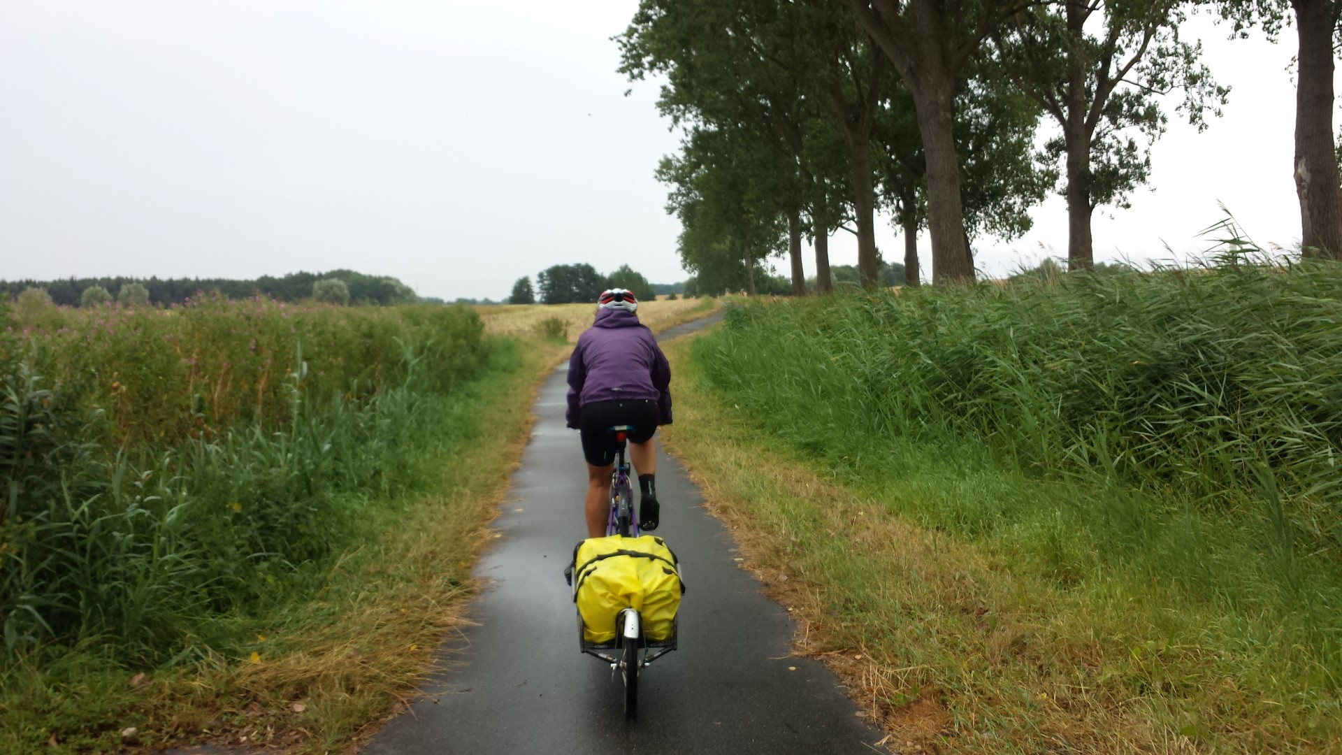 Cycling in the rain from Rerik to Boltenhagen