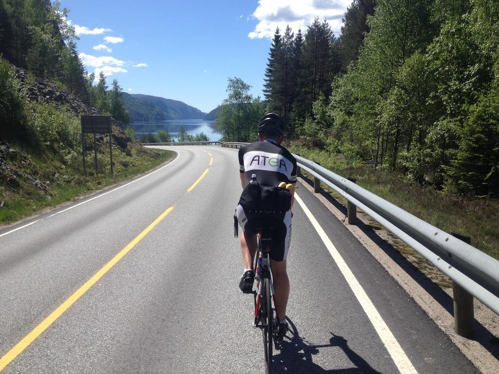 Fantastisk  mengde  trening  i  Rogaland/Agder  fjellene  –  Dag  1