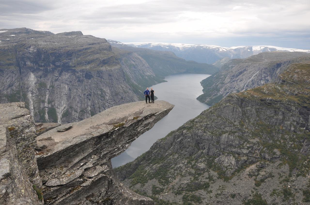 Fjelltur  Dag  3:  Langtjørn-Skjeggedal  via  Trolltunga