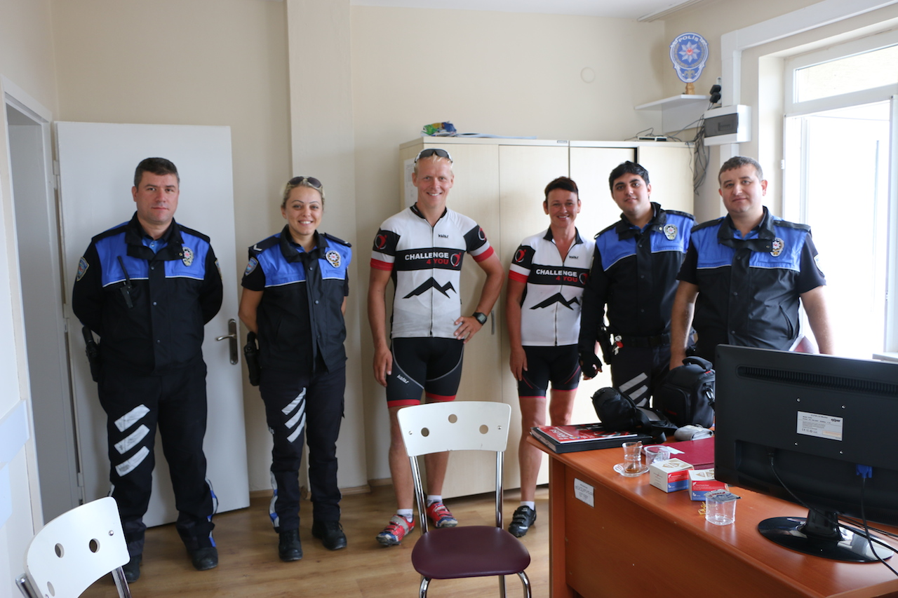 Tea break at the police station and crossing the boarder to Bulgaria again after having a police escort!